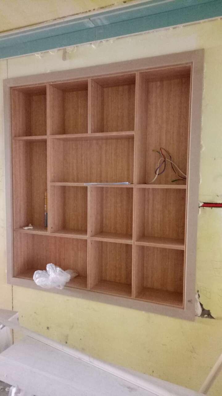 专业室内木工装修,专业做柜子,装柜门,吊石膏板顶,15724835254